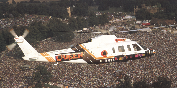 http://www.knebworthhouse.com/rock/img/Queenhelicopter600.png